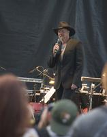 trace adkins01