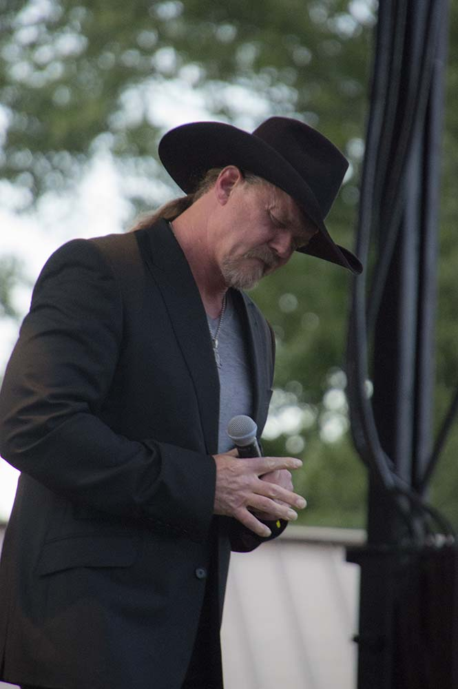 Trace Adkins11