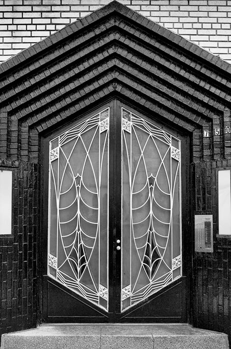 & _DSC1922-Art deco door.jpg