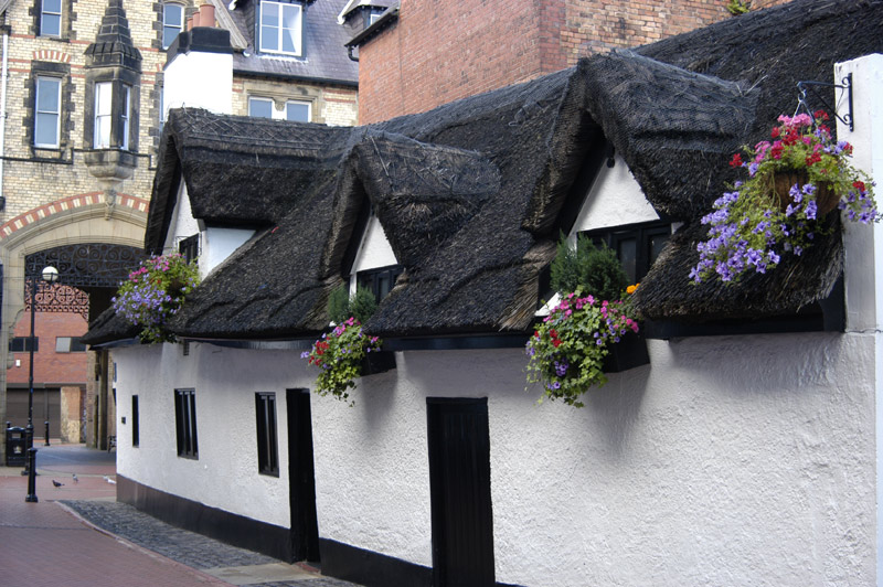 Thatched Pub in Wrexham, Wales