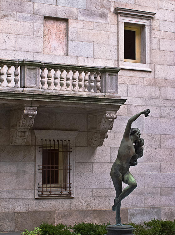 Library Dancer 1