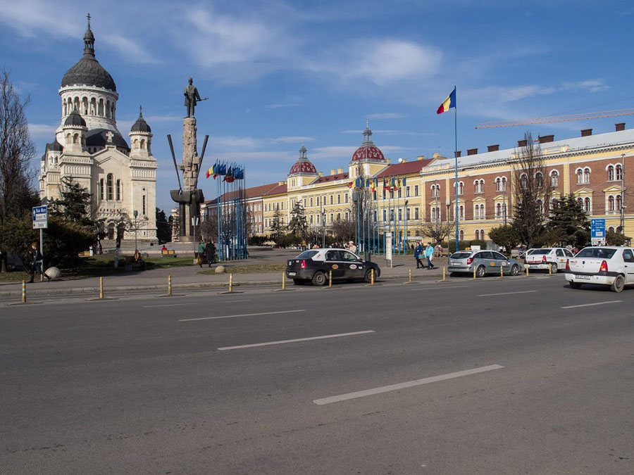 VictorP Square