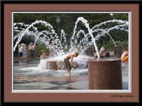 CRW_9727_playing_fountain_frame